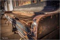 Glen-Helen-Resort-Piano