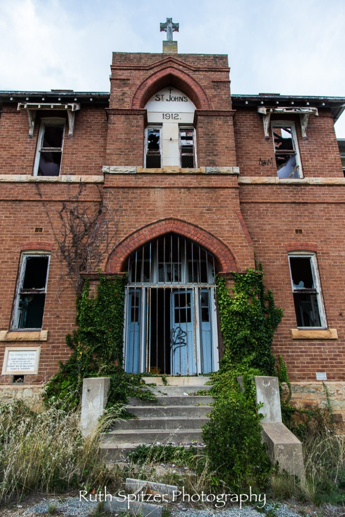 Steps leading into the Abandoned St Johns Orphanage in Goulburn. Image by Ruth Spitzer