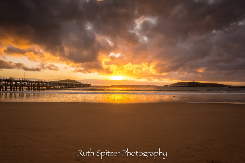 Coffs-Harbour-Jetty-NSW-Australia-sunrise
