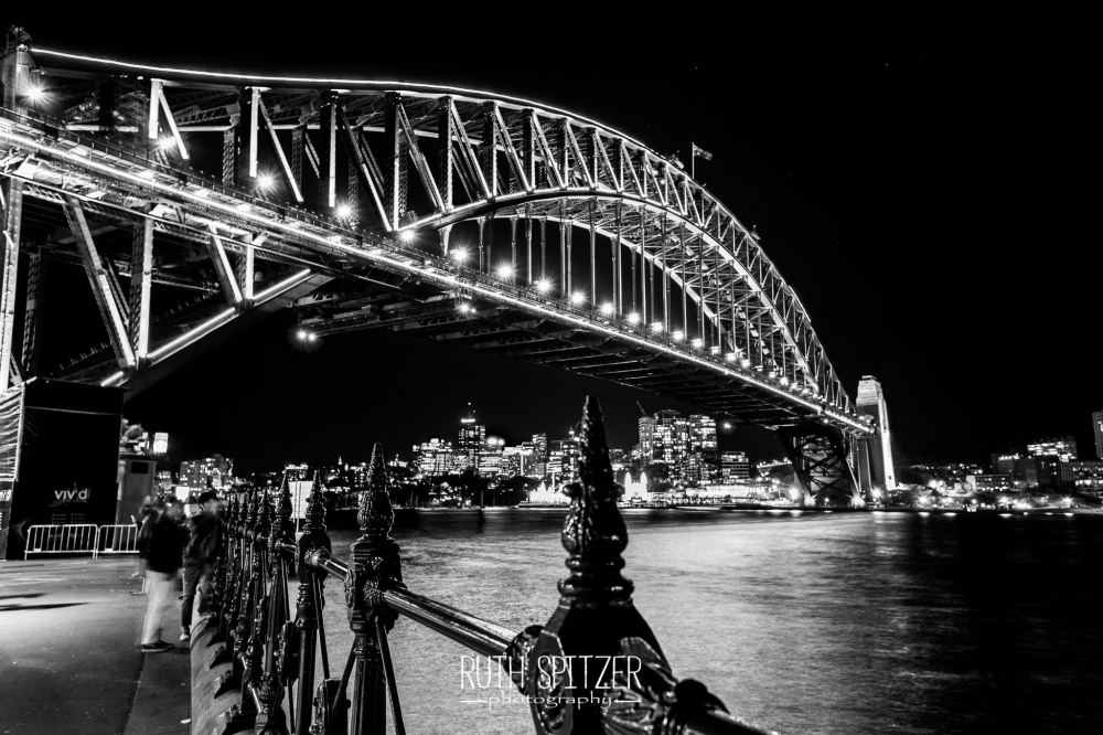 Sydney-Harbour-Bridge-NSW-BlackandWhite