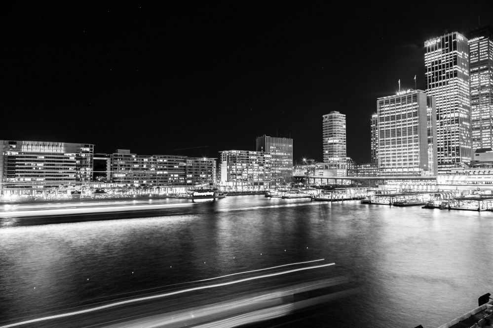 Vivid-Sydney-2016-Circular-Quay-Cityscape