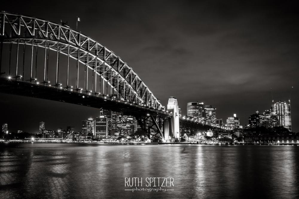 Ruth_Spitzer_Wollongong_Sydney_Harbour_Bridge